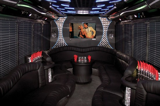 Welcome to Los Angeles Limo and Party Bus Services - Orange County Party Bus